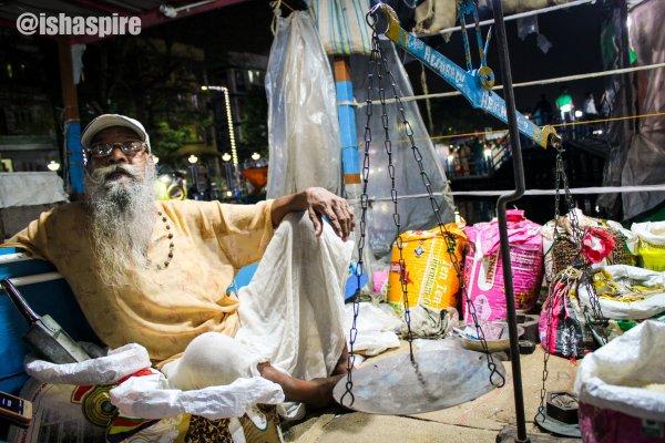 Hawker at Kolkata's Floating Market